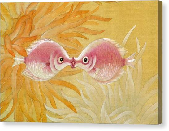 Kissing Fishes Canvas Print by Ying Wong