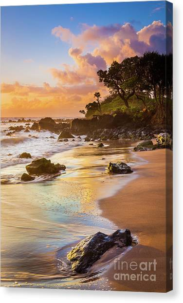 Splashy Canvas Print - Koki Beach Sunrise by Inge Johnsson