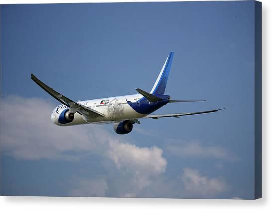 Kuwait Canvas Print - Kuwait Airways Boeing 777-369 4 by Smart Aviation