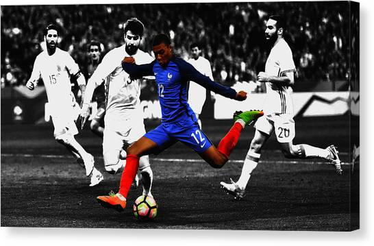 Ligue 1 Canvas Print - Kylian Mbappe Showtime by Brian Reaves