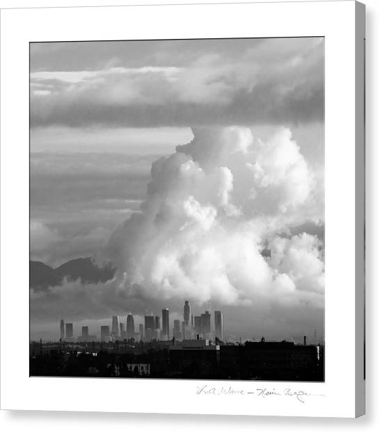 L.a. Wave Canvas Print