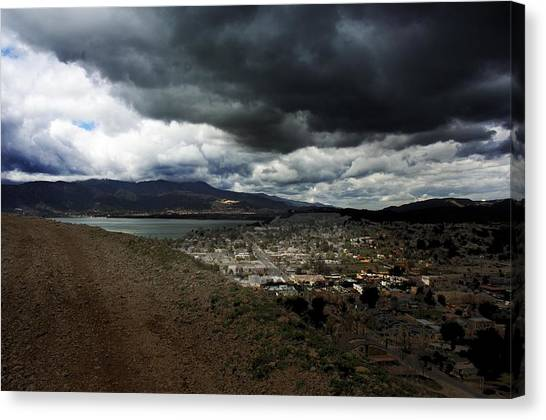 Lake Elsinore Waiting Canvas Print by Richard Gordon
