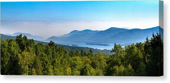 Lake George, Ny And The Adirondack Mountains Canvas Print