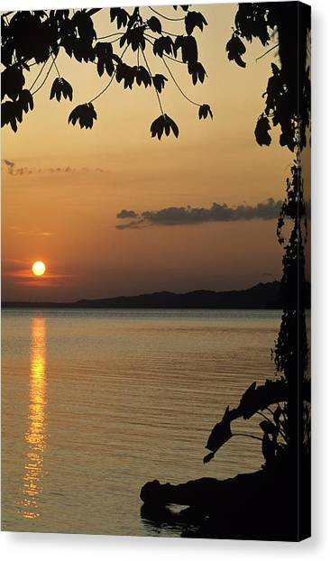 Lake Lago And Sunset Canvas Print