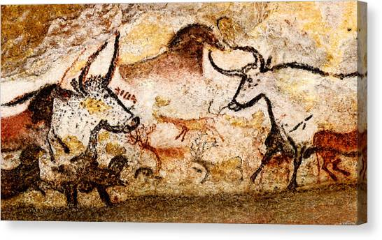 Lascaux Hall Of The Bulls - Deer And Aurochs Canvas Print