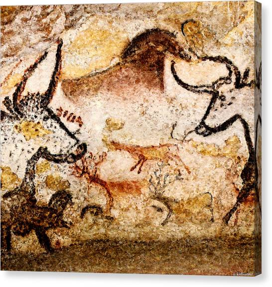 Lascaux Hall Of The Bulls - Deer Between Aurochs Canvas Print