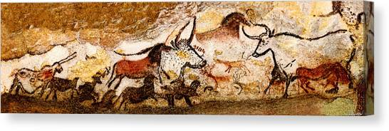 Lascaux Hall Of The Bulls Canvas Print
