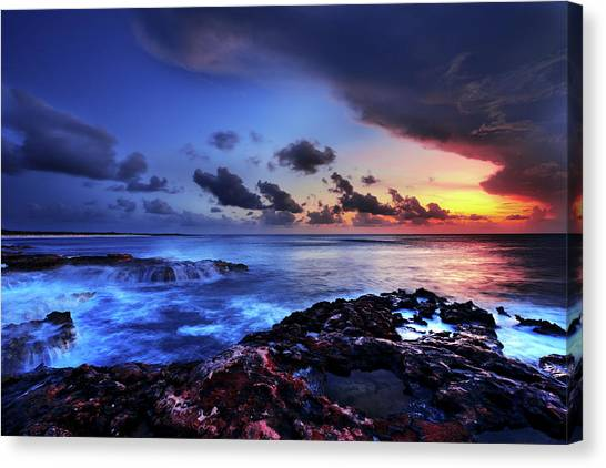 Reefs Canvas Print - Last Light by Chad Dutson