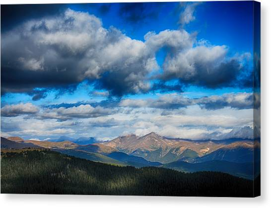 Layers Of Clouds On Mount Evans Canvas Print