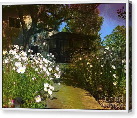 Lazy Backyard Afternoons Canvas Print
