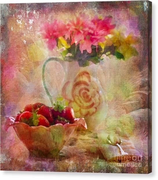 Les Fraises Et Les Fleurs 2015 Canvas Print