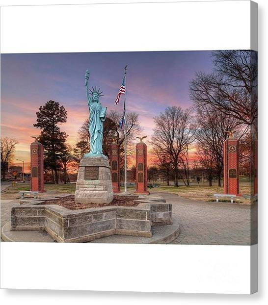Restaurants Canvas Print - Liberty Corner Capaha Park Cape by Larry Braun