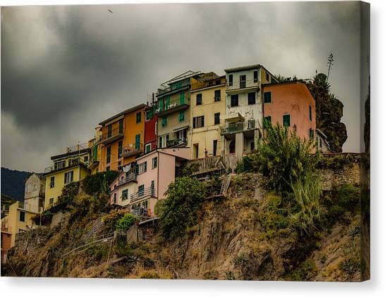 Sightseeing Canvas Print - Life On The Edge by Capt Gerry Hare