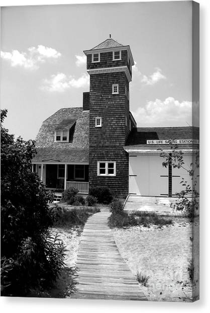 Life Saving Station Canvas Print by Colleen Kammerer