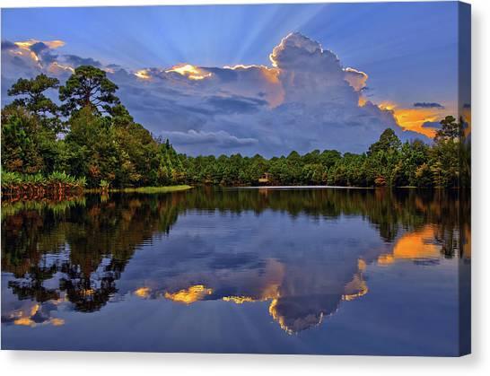 Light Beam Sunset Over Hidden Lake In Jupiter Florida Canvas Print