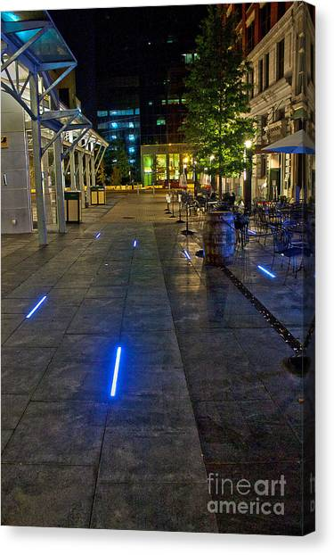 University Of Kentucky Canvas Print - Light Walk by Lea Thompson
