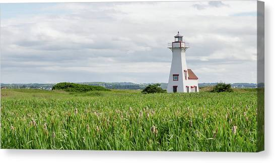 Canvas Print featuring the photograph New London Lighthouse At French River by Rob Huntley