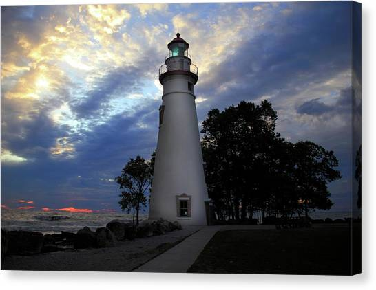Lighthouse At Sunrise Canvas Print