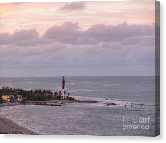 Lighthouse Sunset Peach And Lavender Canvas Print