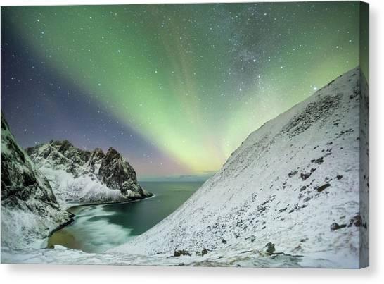 Lights Above Kvalvika Canvas Print