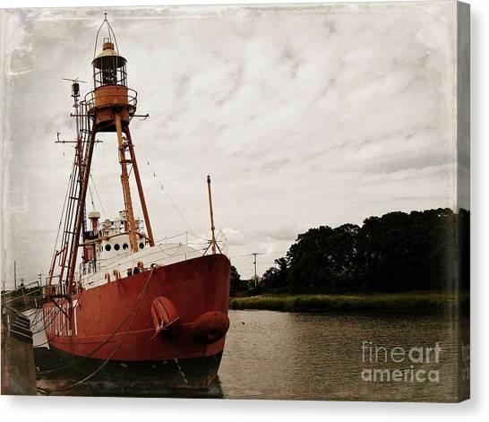 Lightship Nantucket Wlv-613 At Wareham Canvas Print