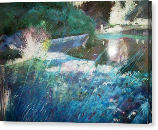 Lily Pond Statue And Gardens Canvas Print by Anita Stoll