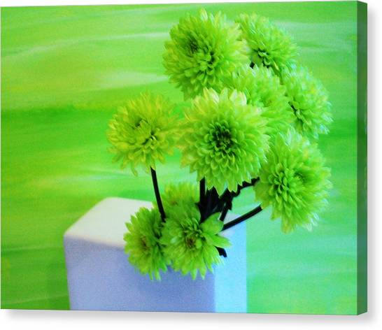 Lime Flowers Canvas Print