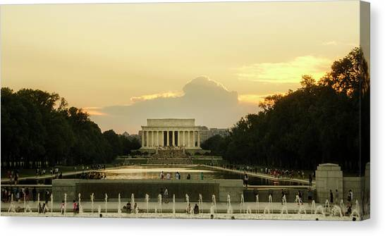 Lincoln Memorial Sunset Canvas Print