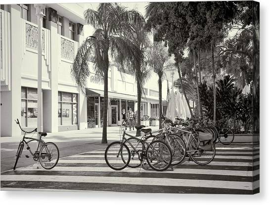 Lincoln Road Canvas Print