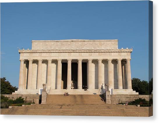 Lincoln's Memorial Canvas Print