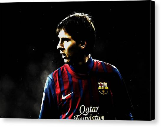 Diego Maradona Canvas Print - Lionel Messi Scouting The Field  by Brian Reaves