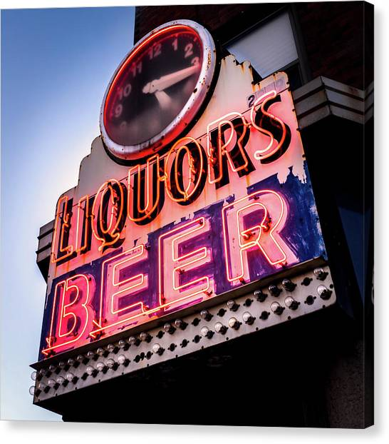 Liquors And Beer On University Ave Canvas Print