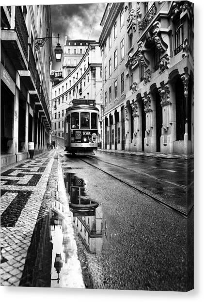 Lisboa Canvas Print