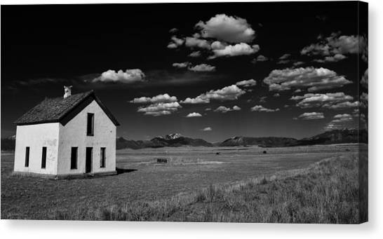 Little Abandoned House On The Prairie Canvas Print