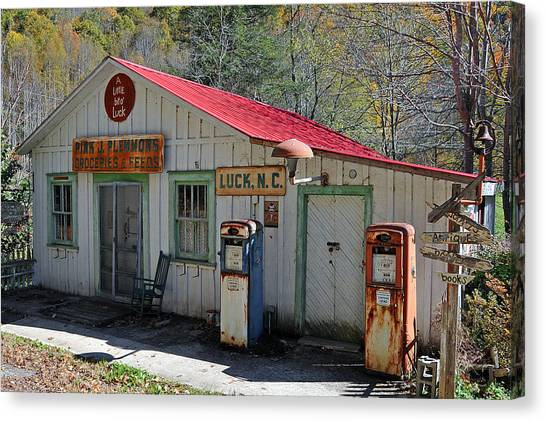 Little Bit O' Store Canvas Print by Alan Lenk