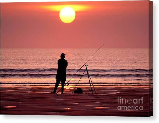 Llangennith Fishing At Sundown Canvas Print
