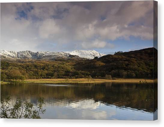 Llyn Dinas - Snowdonia - Wales Canvas Print by Gary Rowe