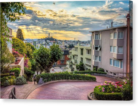 Lombard Street In San Francisco Canvas Print