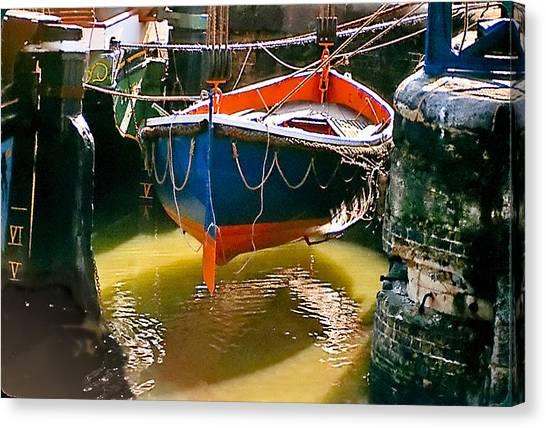 London Boat Canvas Print
