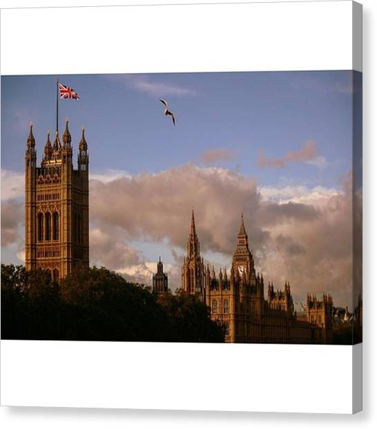 London Canvas Print - #london #parliamenthouse #westminster by Ozan Goren