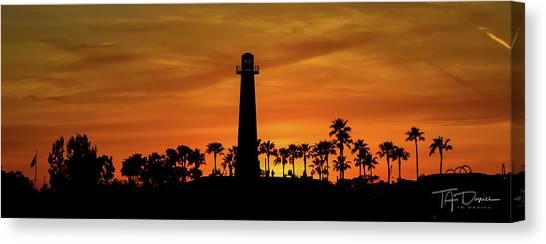 Long Beach Lighthouse Canvas Print