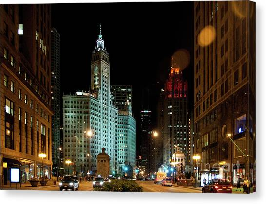 Looking North On Michigan Avenue At Wrigley Building Canvas Print