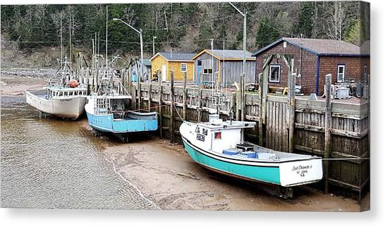 Low Tide In St. Martins Canvas Print