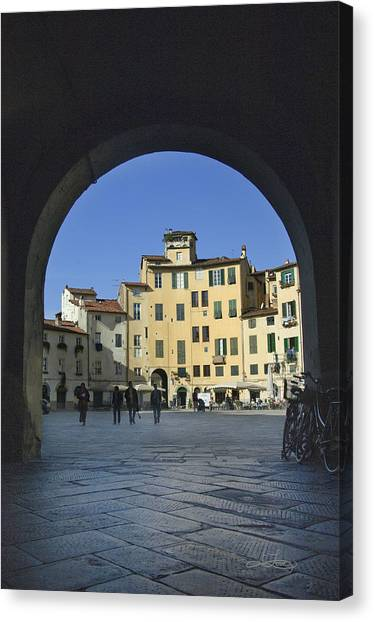 Lucca Piazza Canvas Print