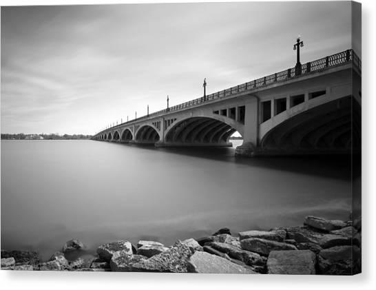 Macarthur Bridge To Belle Isle Detroit Michigan Canvas Print