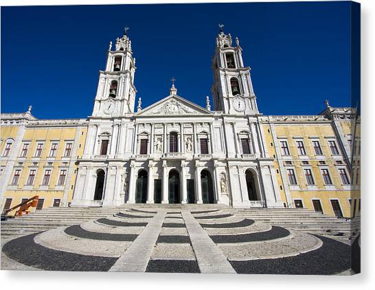 Mafra Palace Canvas Print by Andre Goncalves