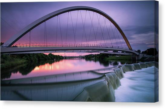 Magenta In The Midwest Canvas Print