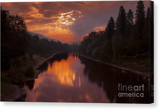 Magnificent Clouds Over Rogue River Oregon At Sunset  Canvas Print