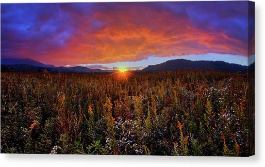 Majestic Sunset Over Cades Cove In Smoky Mountains National Park Canvas Print