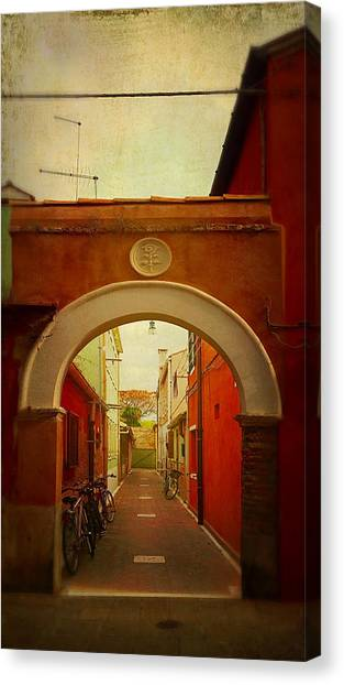 Malamocco Arch No1 Canvas Print